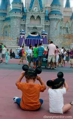 How to make the most of your Disney World Vacation - 10 Tips!Disney Mentor Moms
