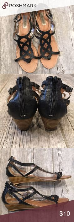 Steve Madden gladiator sandals Black leather gladiator sandals with small 1.5 inch heels. Small scuff on back of right heel. See picture. Smoke free Steve Madden Shoes Sandals