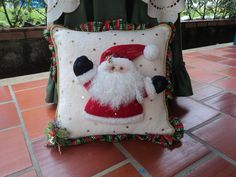 Christmas Cushion Covers, Christmas Cushions, Quilted Pillow, Mattress, Santa, Quilts, Blanket, Pillows, Crafts