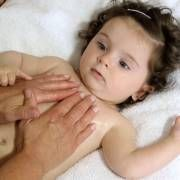 A special playactivity for valentinesday! With a fantastic bloghop under, 200+ ideas! > http://www.angeliquefelix.com/articles/i-love-you-massage-for-baby-kid-or-teenager-massage-voor-baby-kind-of-tiener