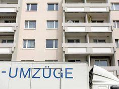 Bundestag beschließt neues Gesetz: Wie die Mietpreisbremse funktioniert, was sie bringt - Mieten http://www.focus.de/immobilien/mieten/neues-gesetz-wie-die-die-mietpreisbremse-funktioniert-und-was-sie-bringt_id_4521881.html