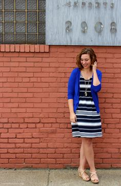 The Modern Austen | Mix shades of blue for a cool summer look style outfits | Clarks wedges