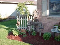 Garden Yard Ideas, Lawn And Garden, Fence Ideas, Rustic Gardens, Outdoor Gardens, Shed Decor, Outdoor Projects, Outdoor Decor, Outside Living