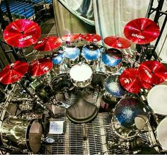 The red Paiste cymbals though! Pearl Drums, Drum Music, Drum Lessons, How To Play Drums, Beautiful Guitars, Drum Kits, Musical Instruments, Martini, Drum