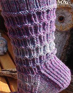 Socken mit leichtem rechts – links – Muster