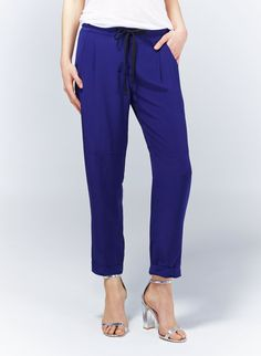 WILFRED MARAIS PANT - Casually glamorous in luxe silk with a relaxed fit