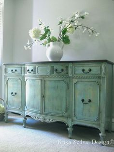 Vintage Antique Sheraton Style French Country Design Hand Painted Weathered Rustic Buffet Sideboard Media Console - DIY and Crafts 2019 French Country Furniture, French Country Kitchens, Shabby Chic Furniture, Vintage Furniture, Country Bathrooms, Country Farmhouse, Country French, Shabby Chic Sideboard, Farmhouse Decor