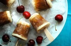 2-Ingredient Root Beer Float Popsicles Are Pure Bliss