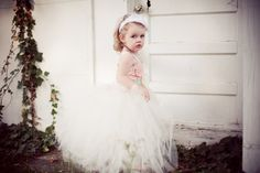 I am going to make one similar to this in ivory for my niece to wear. She's more of a cowboy boots kinda girl though :)