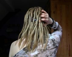 #dreads #dreadlocks #blonde #girl #back #shoulder #hair #hairliketreeroots #wonderlocks #dreadhead #Hippie