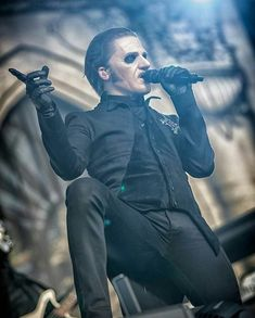 Band Ghost, Ghost Bc, Ghost Papa, Hard Rock, Doom Metal Bands, Prince Of Darkness, Ghost And Ghouls, Billie Joe Armstrong, Ghost Stories
