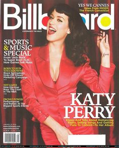 """Katy Perry using Eye Liner """"Baked"""" from Urban Decay. Sell Music, Big Music, Cool Magazine, Magazine Covers, Best Night Ever, Billboard Magazine, Born To Run, Music Magazines, Ex Husbands"""