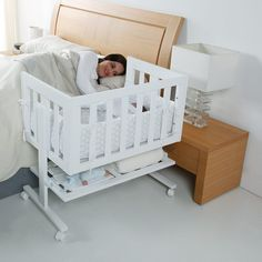 """A bassinet, bassinette, or cradle is a bed specifically for babies from birth to about four months, and small enough to provide a """"cocoon"""" that small babies find comforting. Baby Bedroom, Teen Bedroom Sets, Nursery Room, Bedroom Couch, Small Baby Bed, Kids Cot, Diy Toddler Bed, Baby Furniture Sets, Parents Room"""
