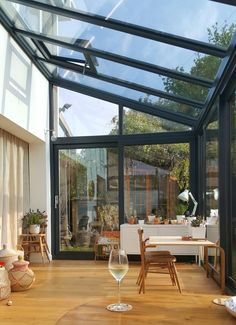 - Alice in Scandiland - Small roof window for ventilation Dust sheet curtains, serious budget styling. Alice in Scandiland - House Extension Design, Glass Extension, House Design, Garden Room Extensions, House Extensions, Sheet Curtains, Gypsy Curtains, Glass Room, Pergola With Roof