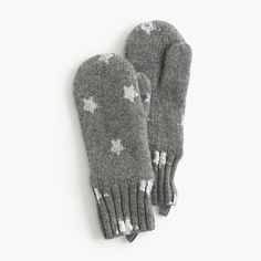 Featuring lambswool and cashmere yarns, these starry mittens will add a little sparkle to all her winter outfits. <ul><li>Viscose/nylon/lambswool/cashmere.</li><li>Import.</li></ul>