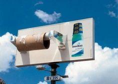Sterk: groot, realistisch. Zwak: had ook een voor een toiletpapier merk kunnen zijn.