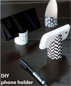 een telefoon houder is heel makkelijk zelf te maken met een wc rol.. Foto geplaatst door knutseldeprutsel op Welke.nl Recycling, Apple, Ipads, Crafts, Confetti, Om, Craft Ideas, Decor, Pictures