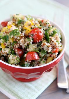 Red & White Quinoa Tabbouleh Salad via With Style & Grace Healthy Salad Recipes, Vegan Recipes, Cooking Recipes, Quinoa Tabbouleh, Quinoa Salad, Tabbouleh Recipe, Couscous Salad, Rice Salad, White Quinoa