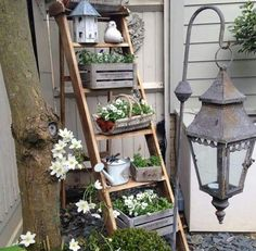 33 The Best Ladder Garden Planter Ideas - Have an old ladder you cannot use laying around the house? Well, do not add it to the dump pile. Bring it back to life as part of your garden. Fairy Doors On Trees, Fairy Garden Doors, Garden Art, Garden Beds, Best Ladder, Old Ladder, Climber Plants, Garden Ladder, Garden Planters