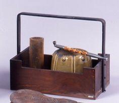TABAKOBON IMAGES | 煙草 用具 を 納めた 提 さ げ 煙草盆