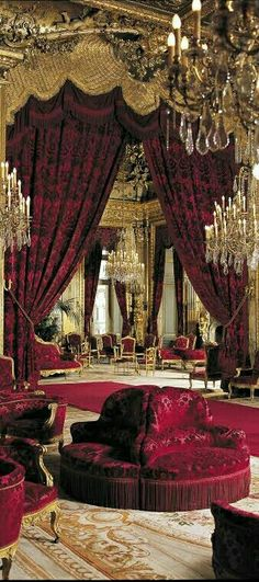 Red Home Decor, Luxury