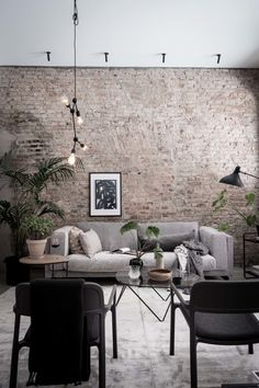Exclusive home with an exposed brick wall - via Coco Lapine Design blog | @juliaalena