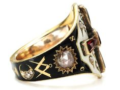 Estate Masonic ring.  Visit Renaissance Fine Jewelry and Renaissance Fine Antiques of New England in Vermont. www.vermontjewel.com, eBay or Ruby Lane.