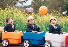 Rie, Filipino, USA Mostly for the cuties Song Triplets. Cute Kids, Cute Babies, Triplet Babies, Superman Kids, Korean Tv Shows, Song Triplets, Song Daehan, Ulzzang Kids, Korean Babies