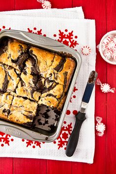 Peppermint Cheesecake Brownies  Yum, these sound delicious, with the richness of the chocolate and cheesecake, with the refreshing taste of peppermint.