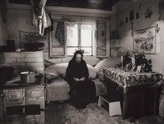 Slovakia,Martin Martinček: Nábožní vrchári, 1955 - 1975 A Wrinkle In Time, Heart Of Europe, Lost In Space, World Photo, European Destination, World Of Color, Mountain Landscape, Vintage Photography, Folk Art