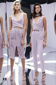 Zuhair Murad Spring 2017 Ready-to-Wear Collection Photos - Vogue Fashion Week Paris, Fashion 2017, Runway Fashion, Spring Fashion, High Fashion, Fashion Show, Fashion Dresses, Fashion Looks, Fashion Design