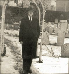 Lovecraft in his beloved St. John's Churchyard in Providence.