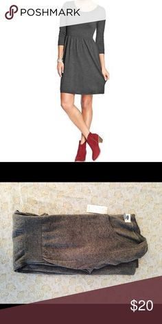 Old Navy Sweater Fit n Flare Dress Charcoal/Gray S NWT. Never worn.  Fit and flare.  Very flattering. Old Navy Dresses Midi