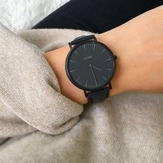 La Bohème Leather Black Black/Black - Watch - Ideas of Watch - CLUSE La Bohème Full Black is the perfect statement piece. Stylish Watches, Luxury Watches, Cool Watches, Black Watches, Women's Watches, Jewelry Accessories, Fashion Accessories, Fashion Jewelry, Elegantes Outfit