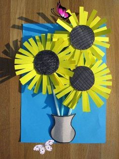 25 Van Gogh Inspired Art Projects for Kids Vincent van Gogh Sunflowers Craft Activity | Paper Arts & Crafts Ideas For Creative Kids<br> These Van Gogh inspired projects are a great way to share master art with your children. The subjects kids are introduced to while they are young tend to stay with them for life. These 25 Van Gogh Inspired Art Projects for Kids are a great way to inspire lifelong appreciation of great art, and fuel their own artistic imaginations. Have fun! These Sunflowers… Easy Burlap Wreath, Burlap Wreath Tutorial, Projects For Kids, Diy For Kids, Art Projects, Arts And Crafts, Paper Crafts, Diy Crafts, Sunflower Crafts