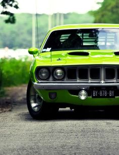 I have one just like it 1970 'Cuda 340 slapstick….same colour….but with black vinyl roof…..