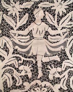 Detail. Antique Banquet Dancing Woman Point de Venise Lace Tablecloth. Italy.