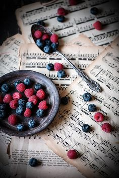 ♂ Food photography still life styling Blueberries & Raspberries 1 fruit over music notes