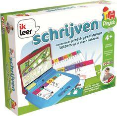 Het koffertje bevat 20 geïllustreerde, afwasbare kaarten. Met deze inhoud ga je aan de slag! Je leert spelenderwijs de letters kennen en de eerste woordjes te schrijven.