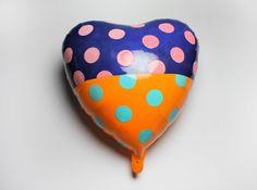 nina jun reconsiders gravity with ceramic balloons