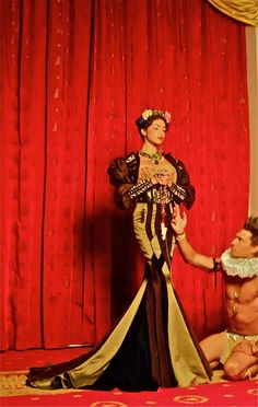 Frida Kahlo style costuming