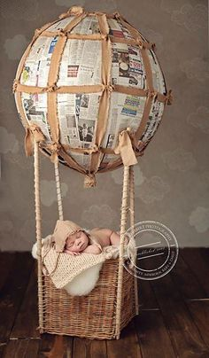 Bringing home baby Introducing your newborn to the family dog Newborn Pictures, Baby Pictures, Baby Photos, Photography Backdrops, Newborn Photography, Accessoires Photo, Newborn Poses, Newborns, Hot Air Balloon