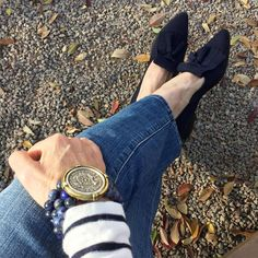 I've always loved kiltie loafers, but many styles were just too masculine and heavy for me. These  in navy suede from #StuartWeitzman hit that perfect balance between masculine and feminine. The bracelet is from @frenchkande