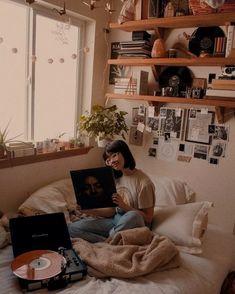 30+ Cute Teenage Girl Bedroom Ideas That Will Blow Your Mind #cutebedroom #bedroomdesign #bedroomideas » Home Alone