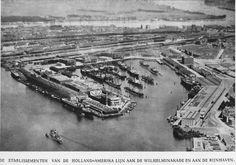 Rijnhaven en de Wilhelminakade met hoofdkantoor van de  Holland America Lijn.