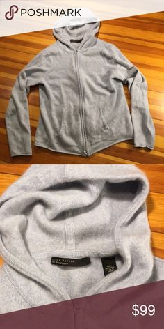 100% Cashmere Lord & Taylor Full-zip Hoodie This woman's size large 100% Cashmere Lord & Taylor Full-zip Hoodie is in excellent pre-loved condition. Lord & Taylor Sweaters
