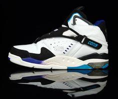 403d8207030d  basketball  shoes  converse - When other kids choose Air Jordan - i choose