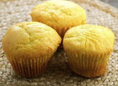 Make Ahead Thanksgiving Breakfast And Brunch Recipes Make Ahead Thanksgiving Frühstück und Bru. Sweet Cornbread Muffins, Corn Muffins, Cornbread Recipes, Corn Recipes, Breakfast And Brunch, Barbados, Pizza, Sweet Bread, Gourmet