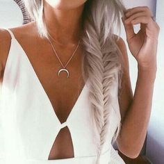 Pinterest ----> //DarkFrozenOcean\\     #tumblr #white #light #cloths #whiteeverything #clothing #clean #style #cloths