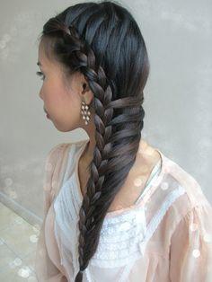 Side-Swept Mermaid Braid Hair Tutorial